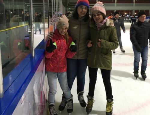 Schnabulös! – Schnabeltiere rutschen übers Eis